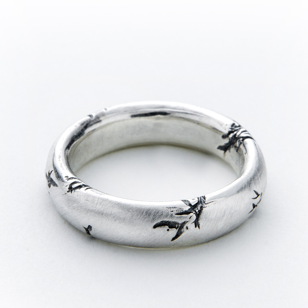 Chunky Men's silver ring. Solid mens ring with black cracks