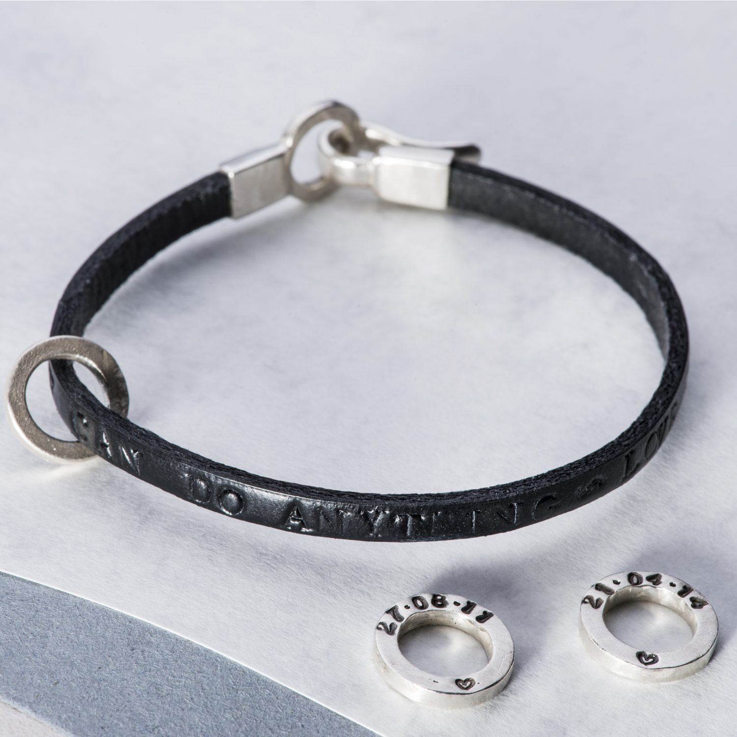 Personalised Men's bracelet in leather with silver charm
