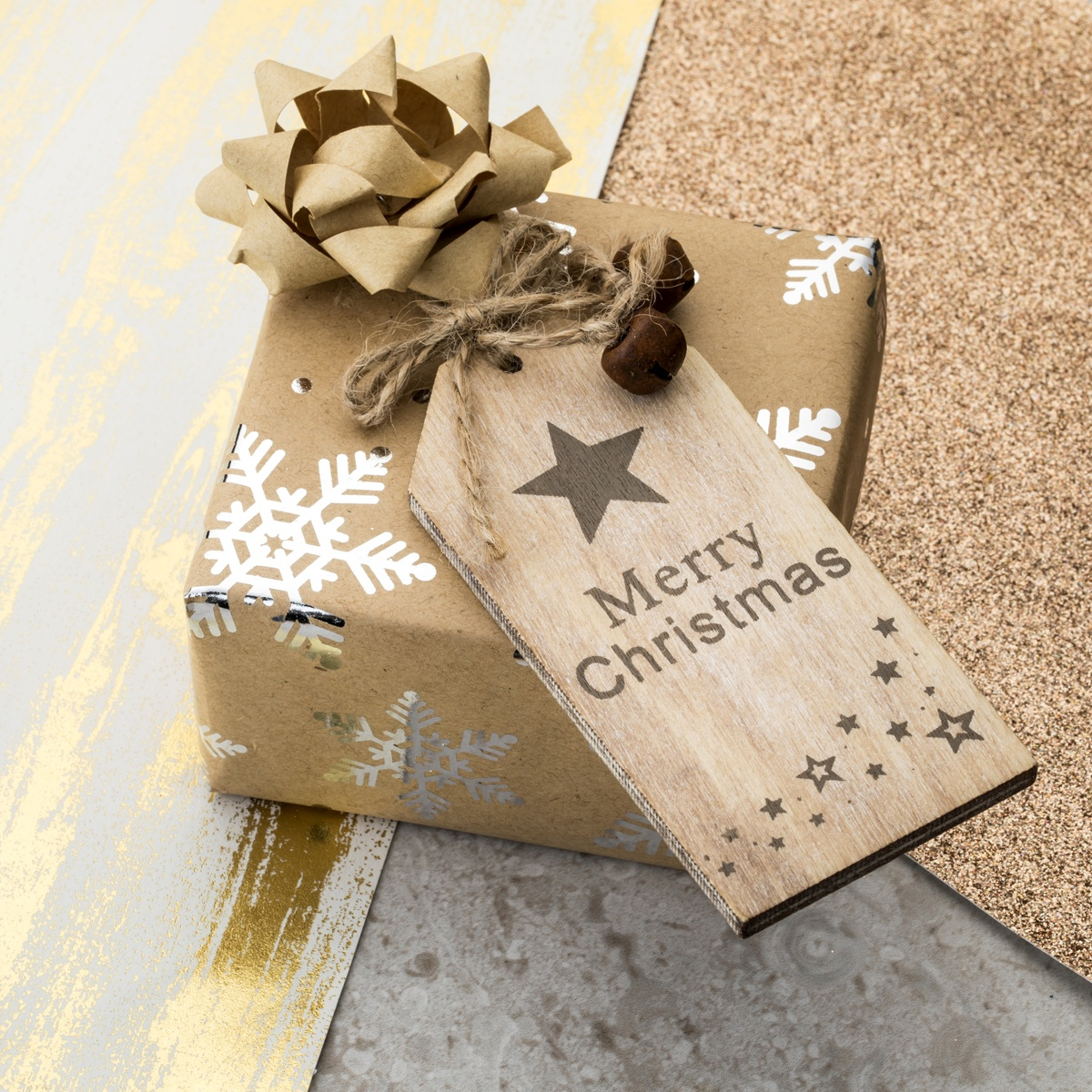 Gift wrap the perfect Christmas Present