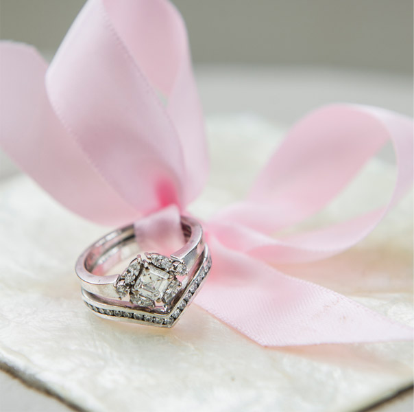 Vintage style engagement ring with fitted wedding band
