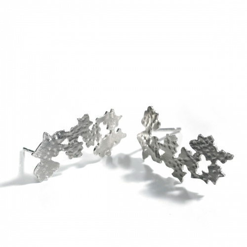 Lace silver floral stud earrings